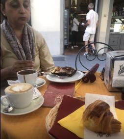 Sun cafe Florence