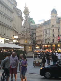 plague column derr graben